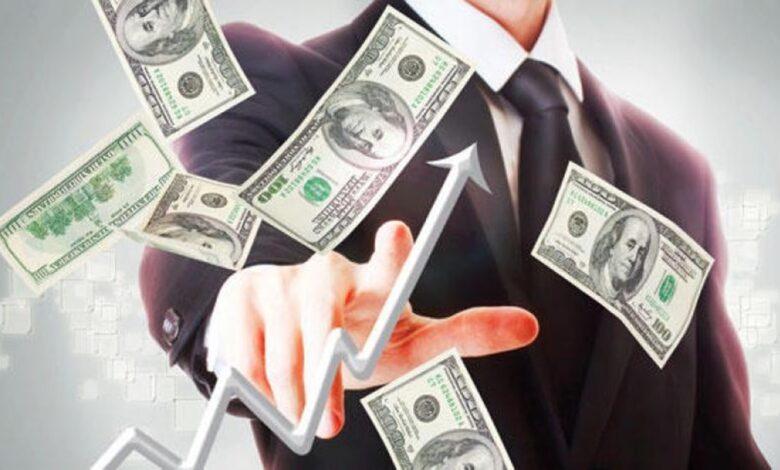 صعود سعر صرف الدولار والريال السعودي مقابل الريال اليمني في محلات الصرافة اليمنية